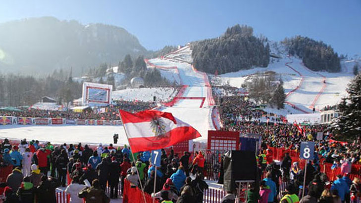 Zieleinfahrt am Ortsrand von Kitzbühel, Foto: Kitzbüheler Ski Club