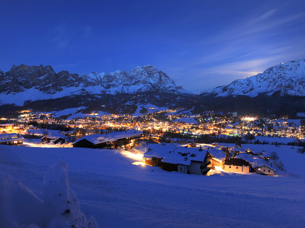 Cortina D 39 Ampezzo Ski Ski Holidays In Italy