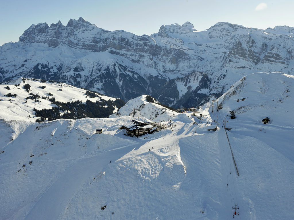 ESI Morgins Ski & Snowboard School - M3S - Morgins, Valais ...