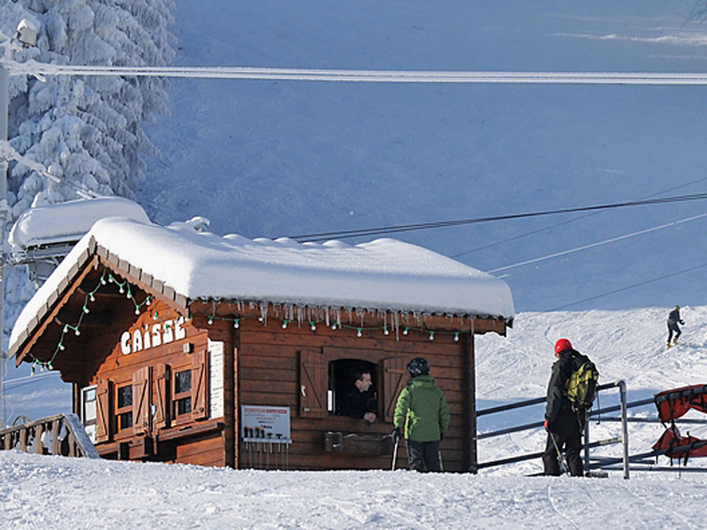 sainte hilaire du touvet station de ski. Black Bedroom Furniture Sets. Home Design Ideas